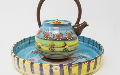 Leyla Folwell ceramic tea pot and tray in Colombia range